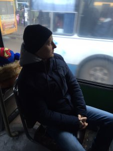 Євгеній Кузнєцов у громадському транспорті, 2016 рік