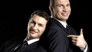 Братья Кличко знают, что сбережения и имущество надо держать подальше от родного государства...