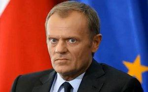 Дональд Туск: власть разваливает Украину изнутри!