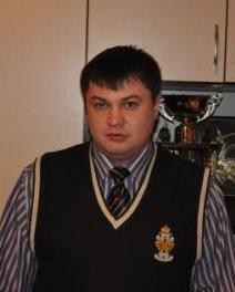 Сергей Киселев, радикал-ляшковец, бывший милиционер, напал на газету ПАТРИОТ