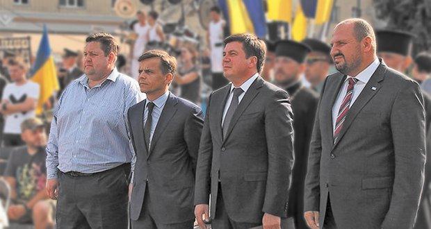 Команда Порошенко